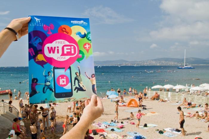 18 hotspots wifi pour des vacances connectées