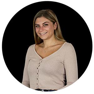 dorine hachani - assistante commerciale et groupes